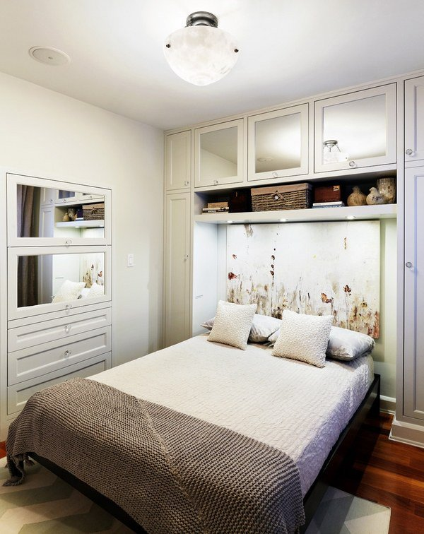 Amazing 20 Ideal Small Master Bedroom Ideas Beutiful Home Inspiration Semekurdistantinfo