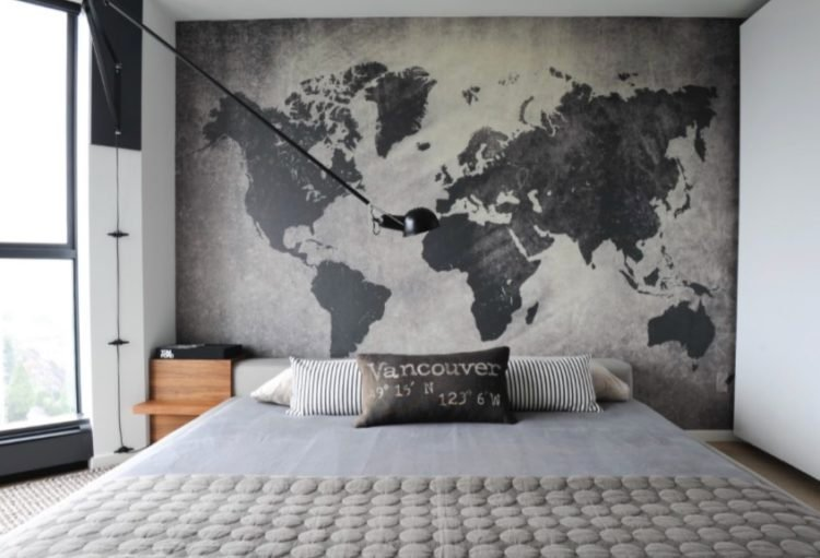 . 20 Great Ideas for the Empty Space Over Your Bed