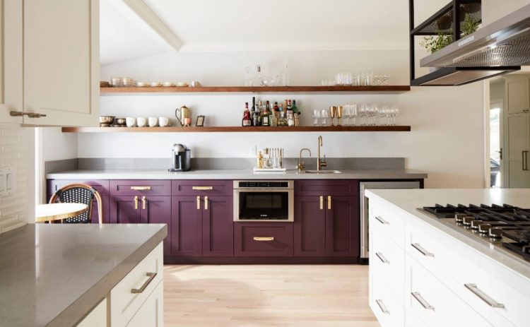 20 Shining Examples Of The Two Toned Kitchen Cabinet Trend