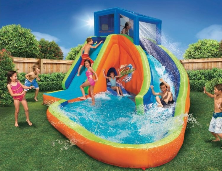 20 Inflatable Pool Ideas For Your Backyard