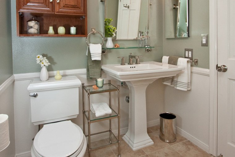 Beautiful Bathroom Design Photos: 20 Beautiful Bathroom Designs With Pedestal Sinks