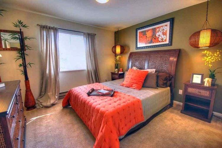 bedroom with oriental decor