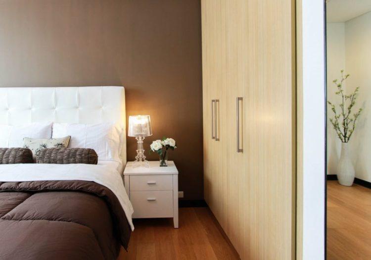 modern bedroom with feng shui