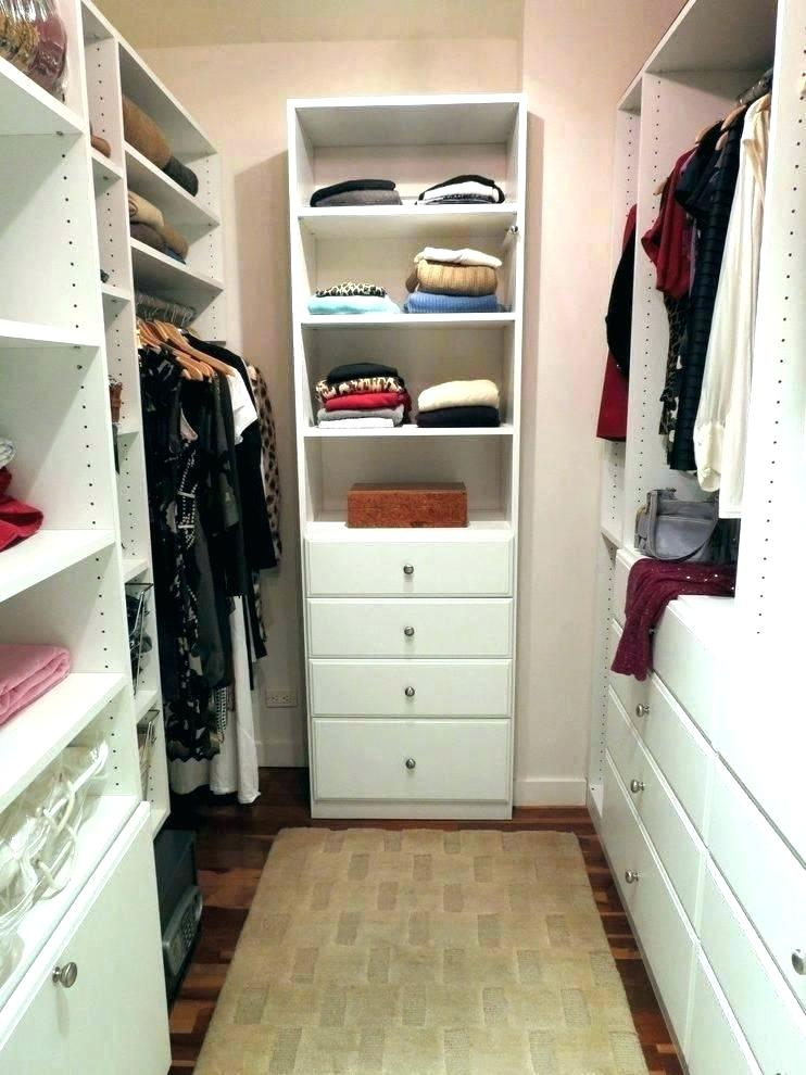 Small Closet With Storage