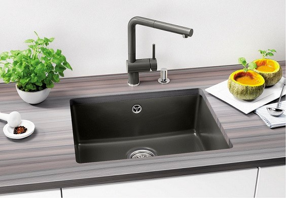 20 Beautiful Kitchen Sink Styles and Ideas