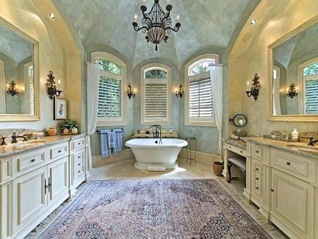 20 Beautiful Examples of French Country Bathrooms