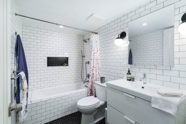 20 Beautiful Subway Tile Bathroom Ideas, Bathroom Subway Tile Ideas
