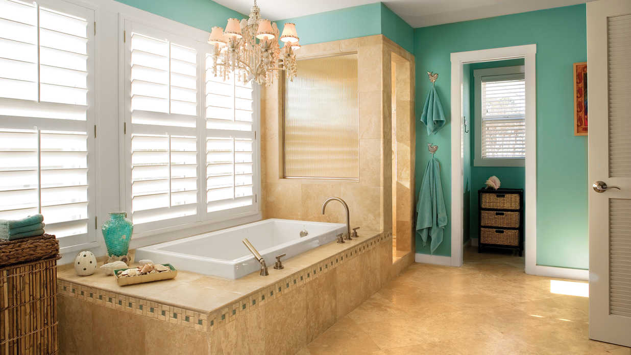How to Create the Perfect Beach Themed Bathroom
