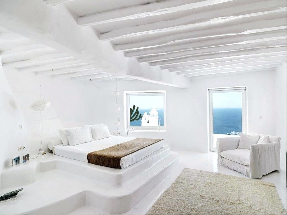 20 Beautiful Examples Of Greek Bedroom Design