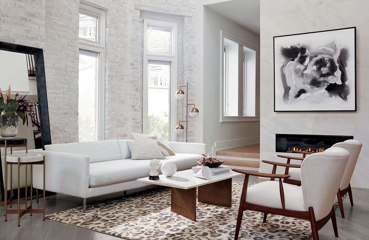 10 Features that Define Today's Modern Living Room