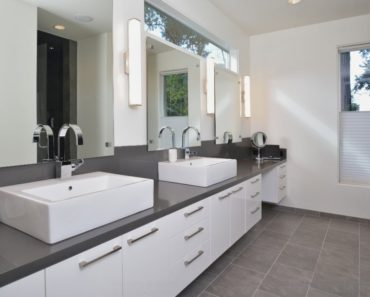 10 Tricks to Make Your Bathroom Look More Luxurious