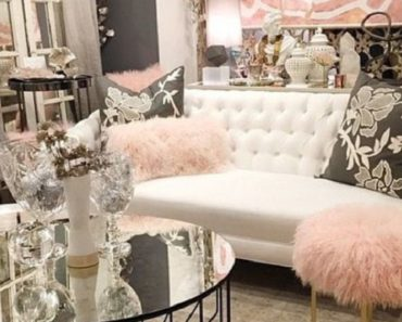 10 Essentials You Need For a Glam Living Room