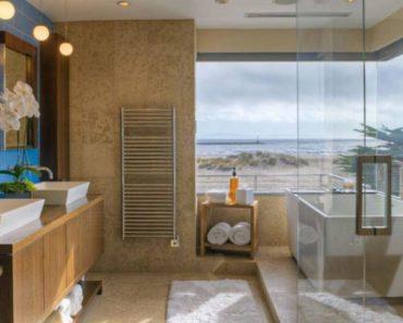 10 Pieces of Essential Beach Bathroom Decor