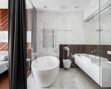 What Exactly is an En Suite Bathroom?