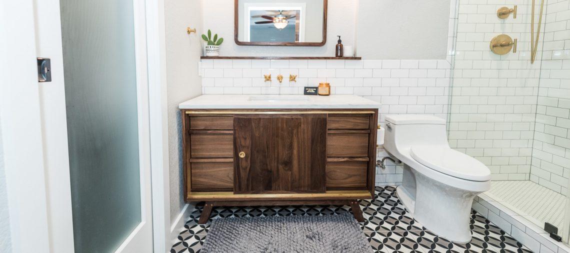 10 Essentials For A Mid Century Modern Bathroom