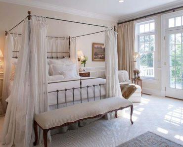 10 Essential Pieces of Paris Bedroom Décor