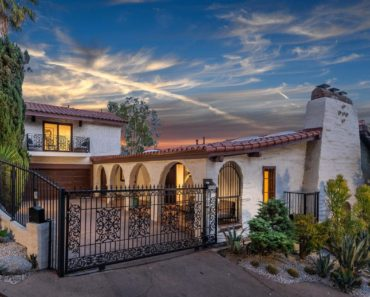 Check Out The Hollywood Villa Elaine Welteroth Bought
