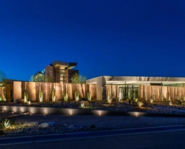 Anthony Hsieh Pays Record $25 Million for Las Vegas Showpiece