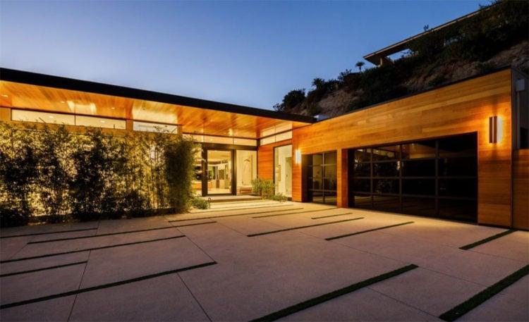 Belinda Stronach Home