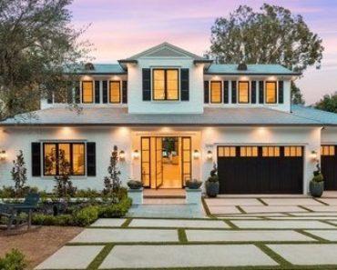 Heiress Buys $14.1 Million Brentwood Park Mansion